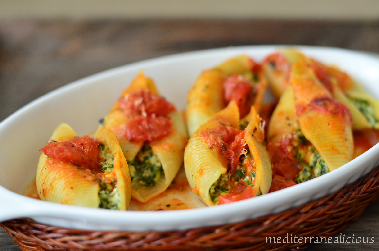 Sausage, Spinach, Ricotta Stuffed Pasta Shells Recipe ...